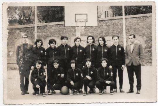 AAC-BSQ-Equipa Feminina (campo de Sta. Cruz).jpg