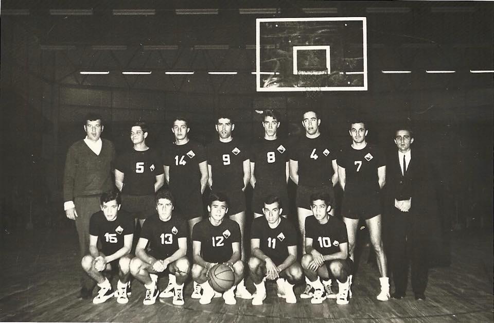 AAC-BSQ-Equipa masculina inìcio dos anos 70.jpg