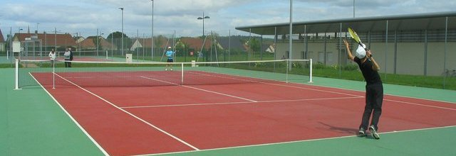 Vallon-en-Sully Chazemais Tennis : site officiel du club de tennis de VALLON EN SULLY - clubeo