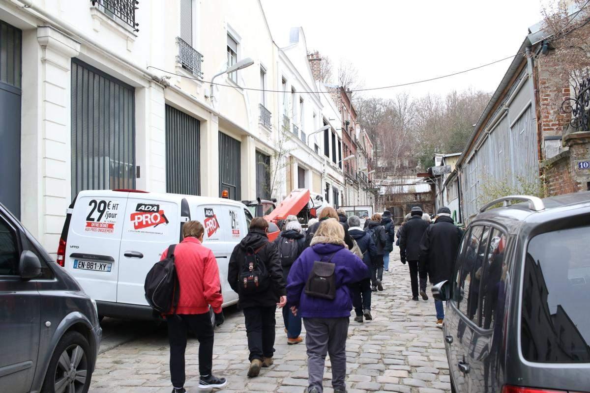 rencontre gay pere lachaise à Saint-Denis