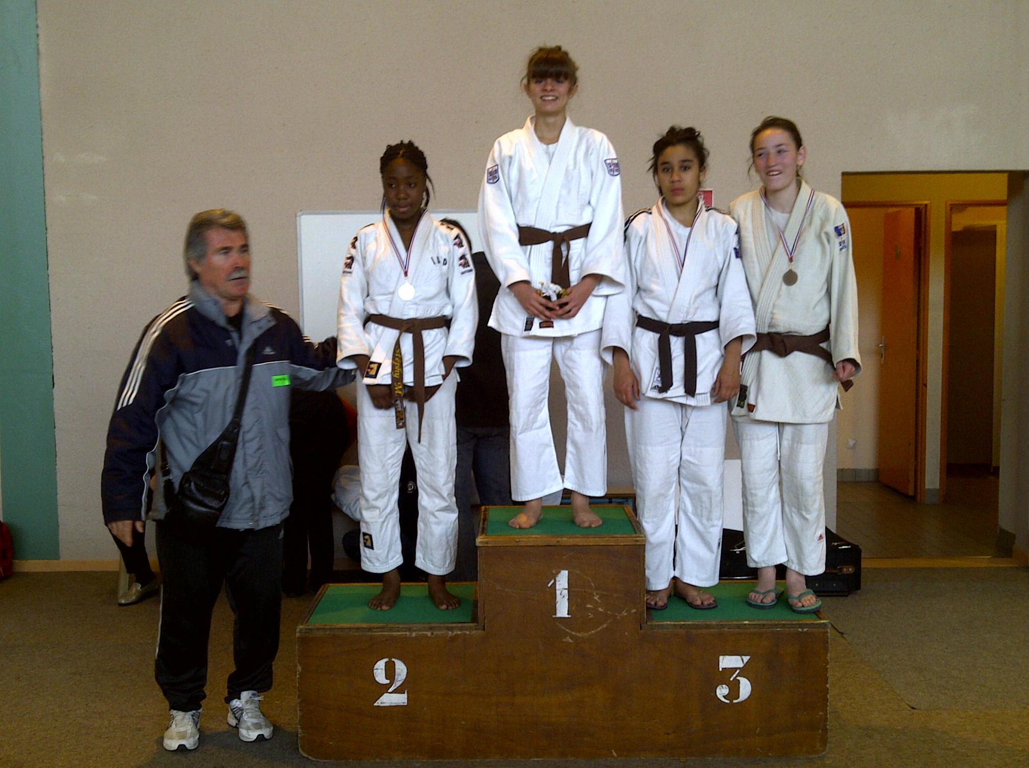 Shahinaz 3ème Championnat cadette 2011